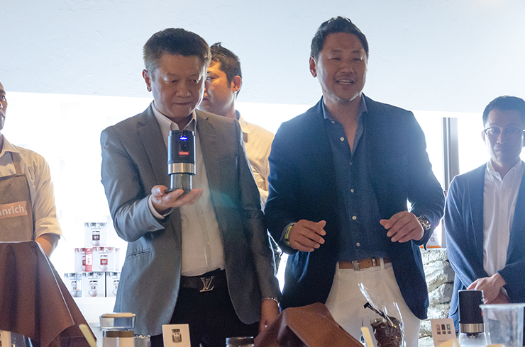 Roger Ou社長と佐藤社長